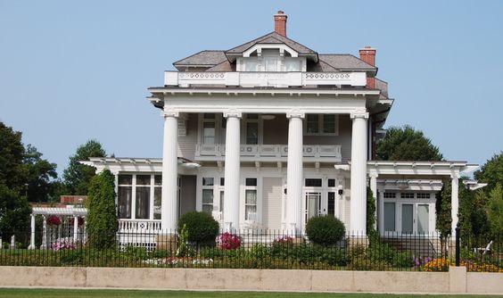 Spencer, IA : Higgin's Mansion (Adams-Higgins House):