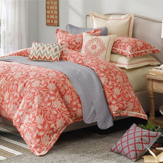 Touch of Class sells home furniture and decor that promise to bring a touch of class to your home. The wide selection includes bedspreads, curtains, blinds, netting, wallcoverings, wall art, lighting, and more.