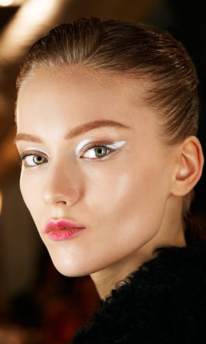 MAKEUP LIPS // Dior Backstage Makeup. I still love this look. I've pinned it at least a hundred…