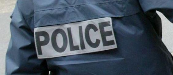Une assistante maternelle a été retrouvée mortellement poignardée ce mardi matin à son domicile de Savennières, près d'Angers (Maine-et-Loire). Deux personnes ont été placées en garde à vue.