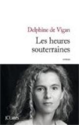 Rachat ? (perdu) Critiques, citations, extraits de Les heures souterraines de Delphine de Vigan. Ce matin-là, ce lundi 20 mai, Mathilde se réveille tôt et sait qu'elle...