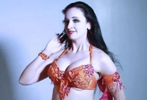 رقص مصرى ساخن 2018 مقاطع فيديو رقص بنات مصريات يوتيوب مثير 2019 فضائح صبايا مصر Fashion Diy And Crafts Undergarments