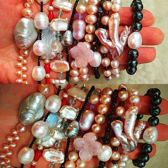 Armbänder: Edelsteine und Perlen