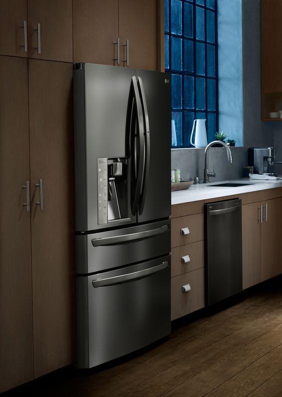 sweepstakes central refrigerators fingerprints and style. Black Bedroom Furniture Sets. Home Design Ideas
