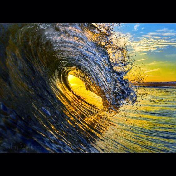 Salty Visionz / Ocean Art Photography I look forward to every post by @saltyvisionz extreme beauty in an already majestic landscape of the Hamptons. http://www.saltyvisionz.com  #photooftheday #hamptonsphotography #hamptonslifestyle #unhampton #montauk #amagansett #eastend #sunset #sunrise #instagood #ocean #waves