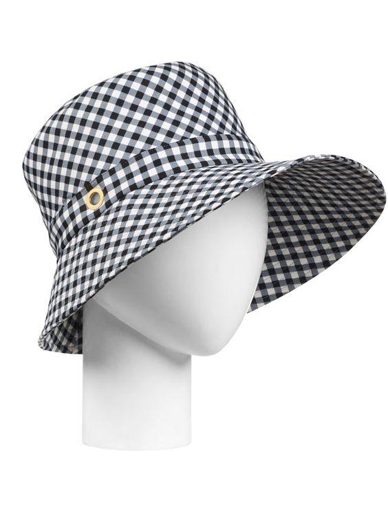 Louis Vuitton http://www.marie-claire.es/moda/accesorios/fotos/sombreros-de-verano-para-cabezas-con-estilo/louis-vuitton-8