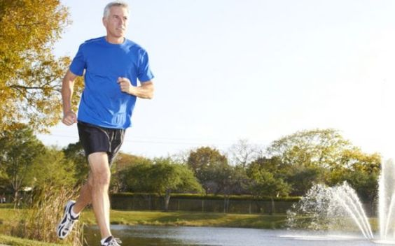 La corsa è un toccasano per il cuore e la mente Correre è un toccasano per il cuore e la mente. Fondamentale per il tuo benessere. In alcuni casi va corsa cuore mente salute