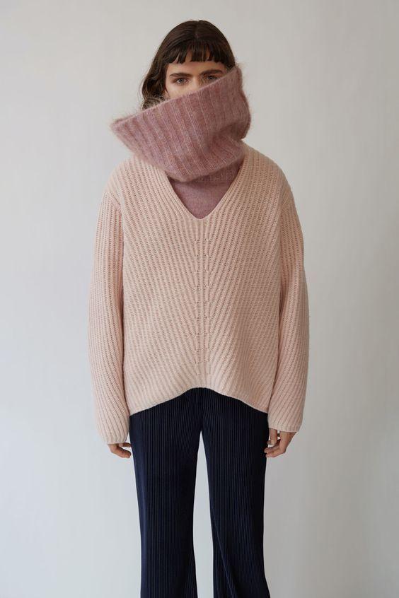 오랜만에 패션 포스팅 준비했어요~^^ 요즘 매일 입는 아이템, 바로 '니트(knit)'가 아닐까 싶은데요. 올 겨...