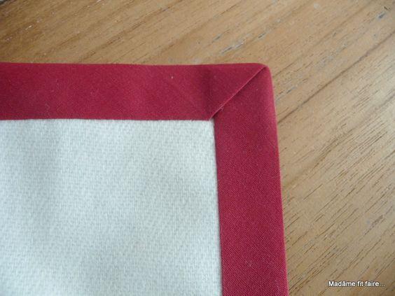 Coudre le biais en angle droit tuto couture technique pinterest pi ces de monnaie - Coudre un biais en angle ...