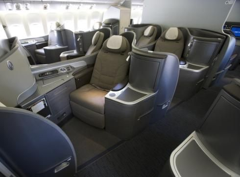 United Airlines First Class 777 200 United airlines, Busin...
