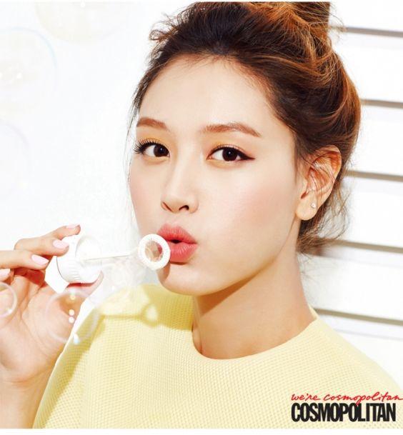 Rainbow member Jaekyung in Cosmopolitan
