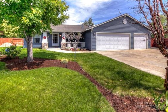 Charming home in quiet NE Prineville cul-de-sac. [791 Sandstone Court, Prineville OR 97754]   || Fred Real Estate Group | hello@fredrealestate.com | BuyAHomeInBend.com  ||