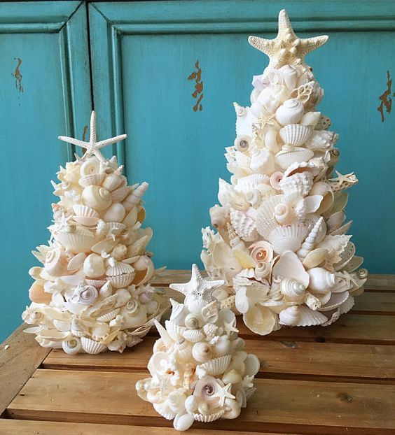 Natal Praiano Arvores De Natal Decoradas Enfeites De Praia