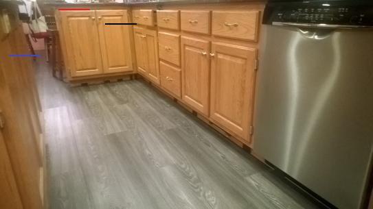 Kitchen Vinyl Flooring With Oak Cabinets Kitchen Vinyl Flooring Honeyoakcabinets In 2020 Vinyl Fur Kuche Vinyldielen Grauer Boden