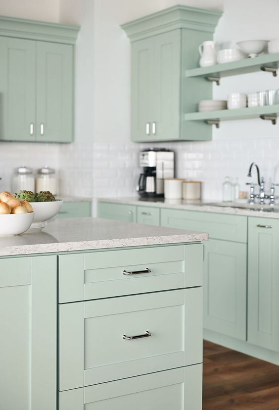 Purestyle resists heat moisture and is easy to clean for Easy to clean kitchen cabinets