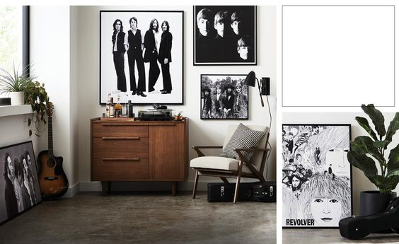 Shop our exclusive collection of Beatles wall art. Find framed canvas prints of famous photographs, iconic album covers and rare pictures.