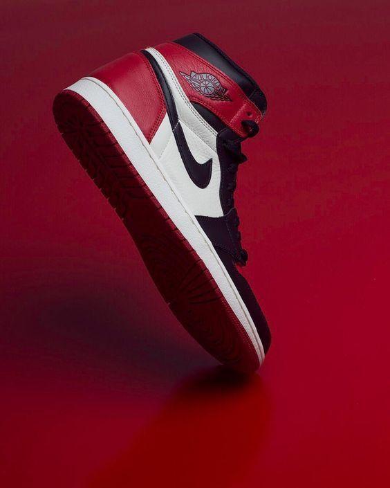 Pin By Pape On Projet Nike Shoes Jordans Jordan Shoes Wallpaper First Air Jordans