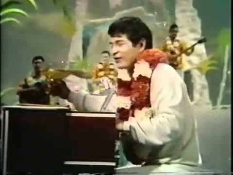 Don Ho Sings Tiny Bubbles Hollywood Palace 1 21 67 Hawaiian Islandswedding Songsblue