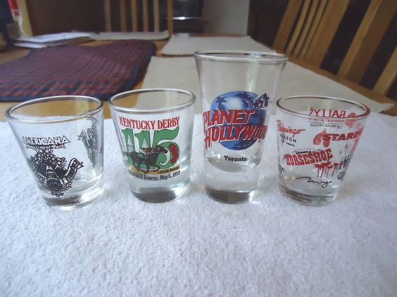 "Vintage Set Of 4 Shot Glasses "" AWESOME COLLECTABLE SET """