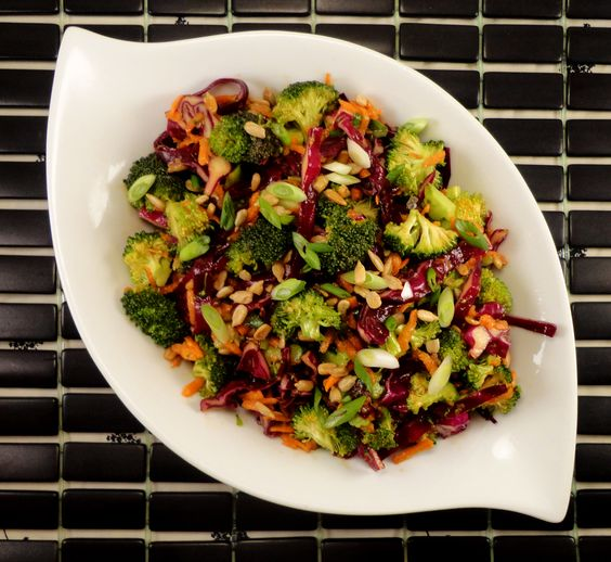 asian coleslaw with great peanut sauce
