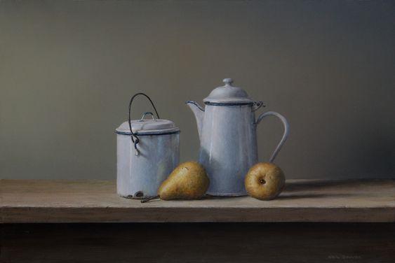 White enamel & pears