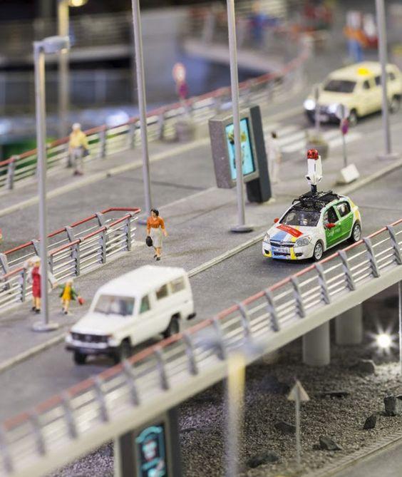 """GOOGLE IN DER MINIATUR-WELT """"Street View"""" macht Minis ganz groß"""