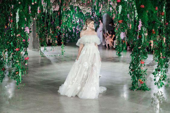 2018 wedding dress trends - Galia Lahav