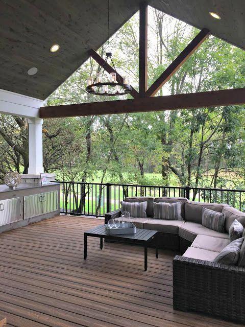 Wtf Jadon Outdoors Deckbuildingplans House With Porch Building A Deck Outdoor Rooms