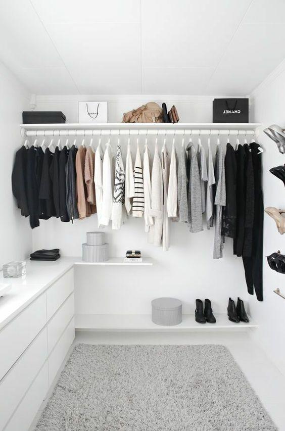 Begehbarer Kleiderschrank - wie Sie die perfekte Ordnung schaffen: