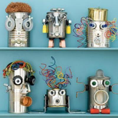 Was für eine kreative Idee. Kleine Roboter aus alten Dosen bauen. Cool! :)