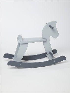 Emblème de tous les jouets, le cheval à bascule reste le privilégié et préféré de tous. Couleur actuelle pour ce jouet intemporel. Détails Avec poigné
