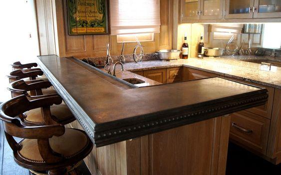 https://i.pinimg.com/564x/61/ce/bc/61cebcb7dedf104ae77719d67a9cf26b--kitchen-bar-tables-kitchen-bars.jpg
