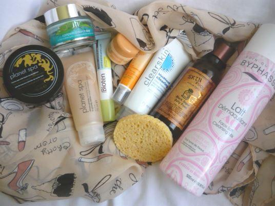 My night time skin care routine http://www.mybeautykiss.ro/rutina_seara_pentru_ingrijirea_tenului.php