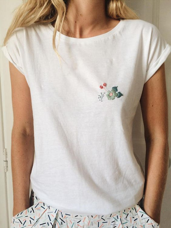 Embroidered T shirt embroidery floral woman handmade