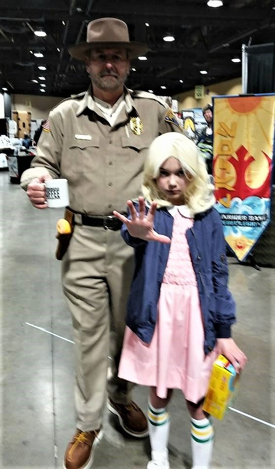 At Long Beach Comic Expo 2018, Chief Jim Hopper with Eleven
