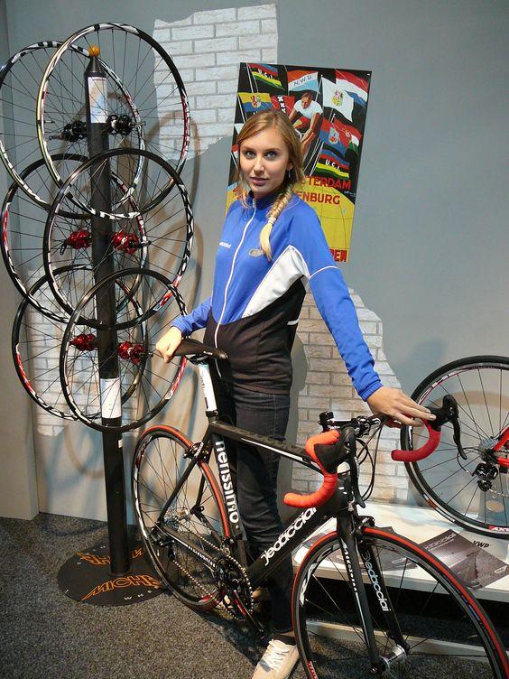 Miss november 2012 - Italiaanse Racefietsen