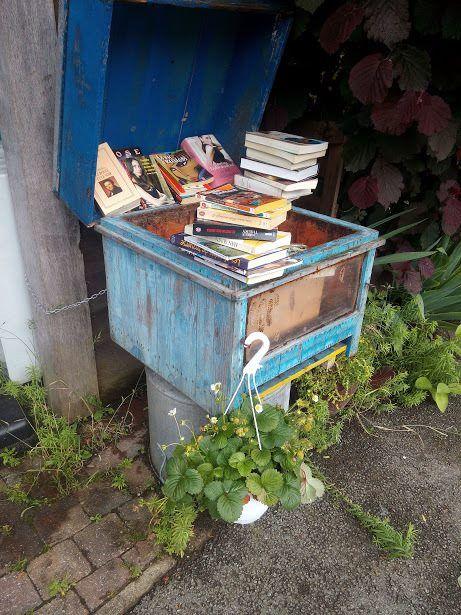 Boite à livres Orp-le-Grand 1