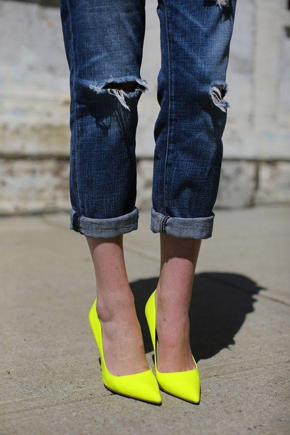 Neon yellow pumps                                      #heels #shoes