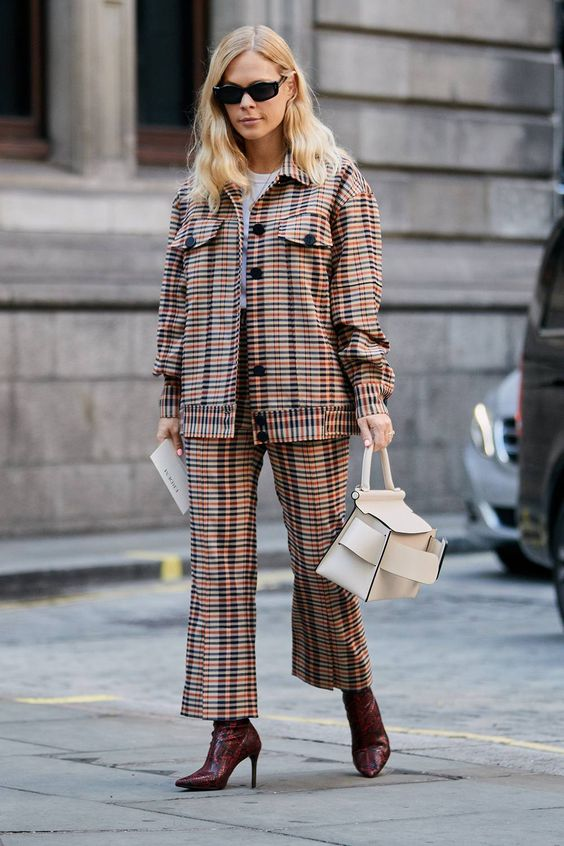 The Latest Street Style From London Fashion Week | Who What Wear UK