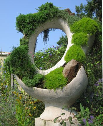 Robert Cannon, concrete garden sculpture: