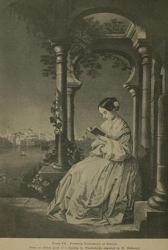 Florence Nightingale nace en 1820 en el seno de una familia ligada a la política y a la iglesia reformista anglicana. El espíritu victoriano de la Inglaterra de principios del XIX empuja a las mujeres de la época a desposarse como único fin legítimo.