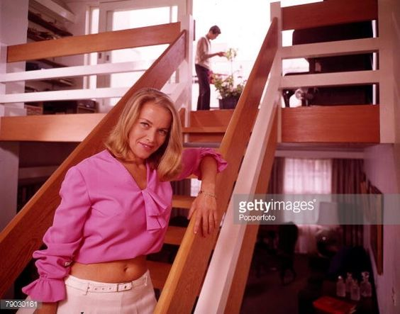 honor blackman - Google 検索