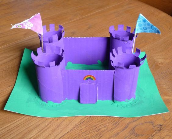 Loo roll crafts: castle