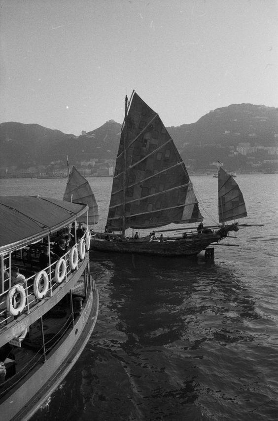 Hongkong Com_L07-0127-0004-0001