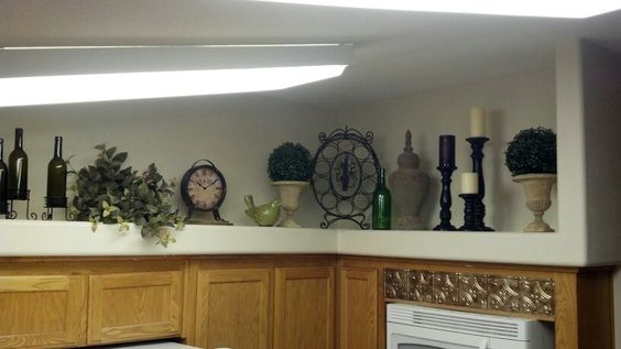 Plants For Kitchen To Decorate It: Tuscan Inspired Plant Ledge Decor-Kitchen