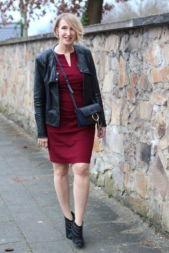 A fashion blog for women over 40 and mature women Leatherjacket: Bon'A Parte Dress: Amco-Fashion Bag: Chloé Booties: Anine Bing