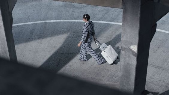 """CHANEL on Twitter: """"""""It's clothes that can go all over the world"""" - Karl Lagerfeld. Silhouettes from #ChanelSpringSummer2016 #CocoCase https://t.co/JVKNmVHH4J"""""""