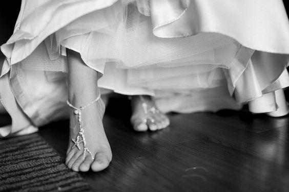 Fußschmuck für die Strandhochzeit. #Braut #Hochzeit