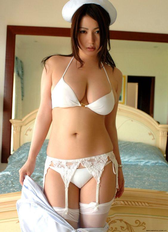HD oriental nurse LENCERY (d B)