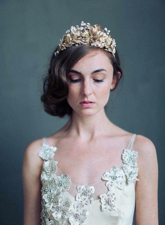 Twigs & Honey Burnished soft regal crown Style 723. Photography: Elizabeth Messina. Modern bridal tiara, headpiece